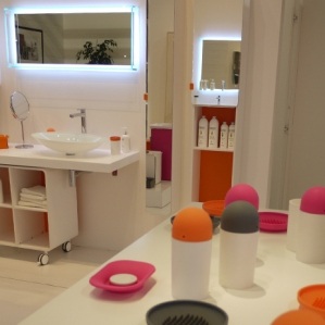 Seturi colorate pentru baie