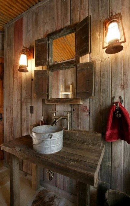 baie rustica pereti lemn