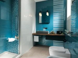 22-Aqua-blue-bathroom-600x453