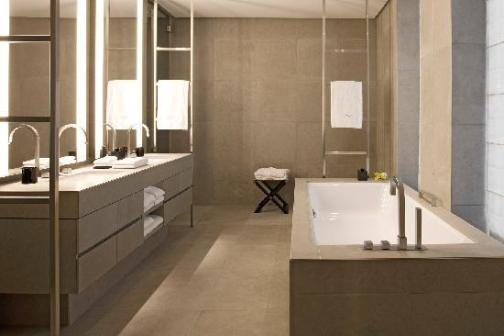 baie hotel instalatii sanitare