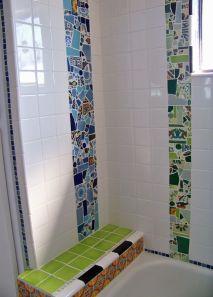 mozaic-multicolor-placare-spatiu-dus-baie