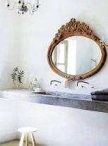 baie-industriala-influente-vintage-oglinda-bronz-ornamentata