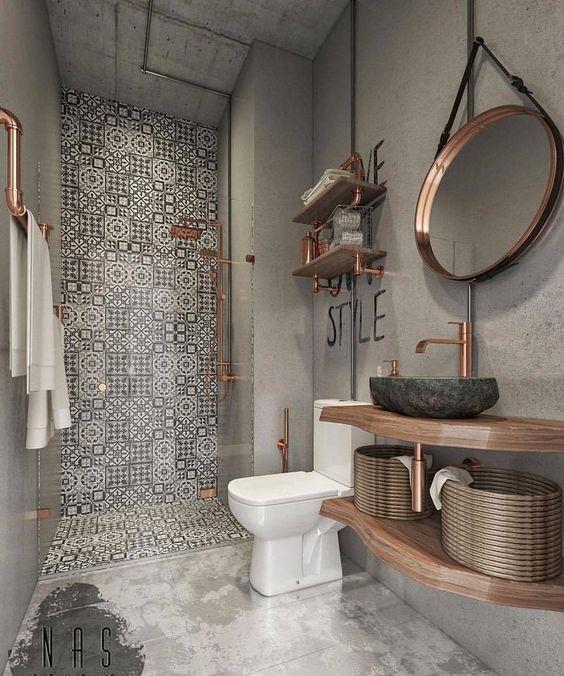 Baie design industrial loft cu tevi expuse cupru, oglinda, raft depozitare si baterie sanitara cupru